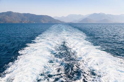 Foam wake in the Mediterranean Sea